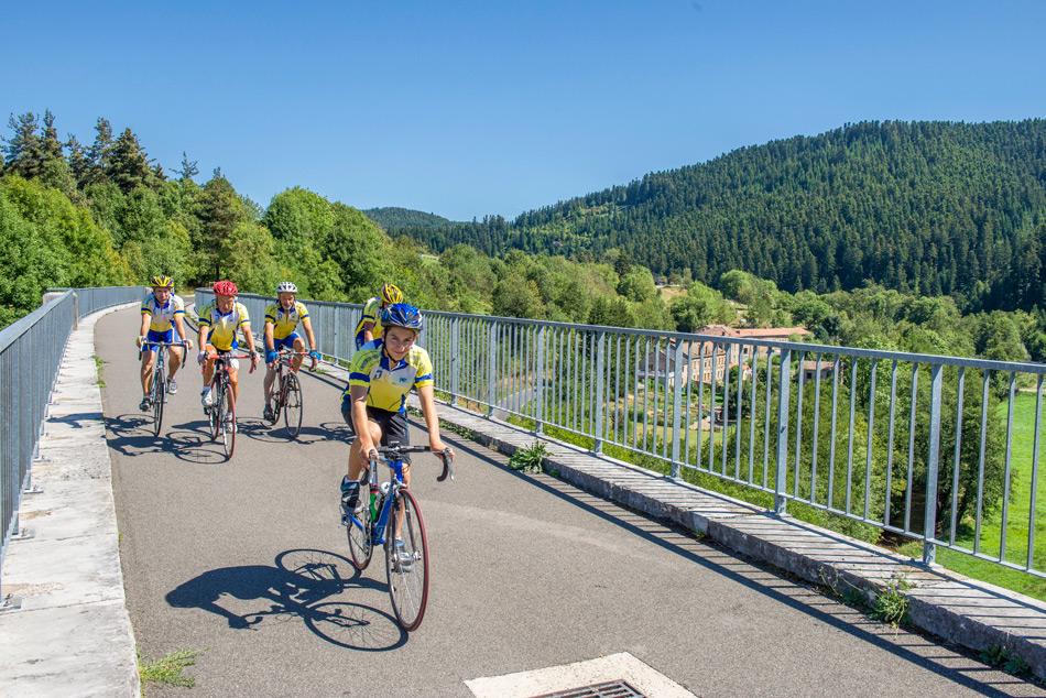 Cyclo groupe sur la Via Fluvia